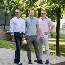 Researchers Herkommer, Thiele and Giessen (University of Stuttgart)