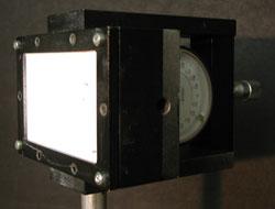 Abbildung 4: Halter um die Kunststoffplatten zu verformen.
